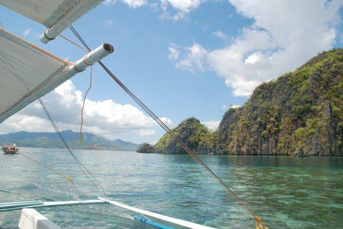 coron island bangka boat kayangan lake tour